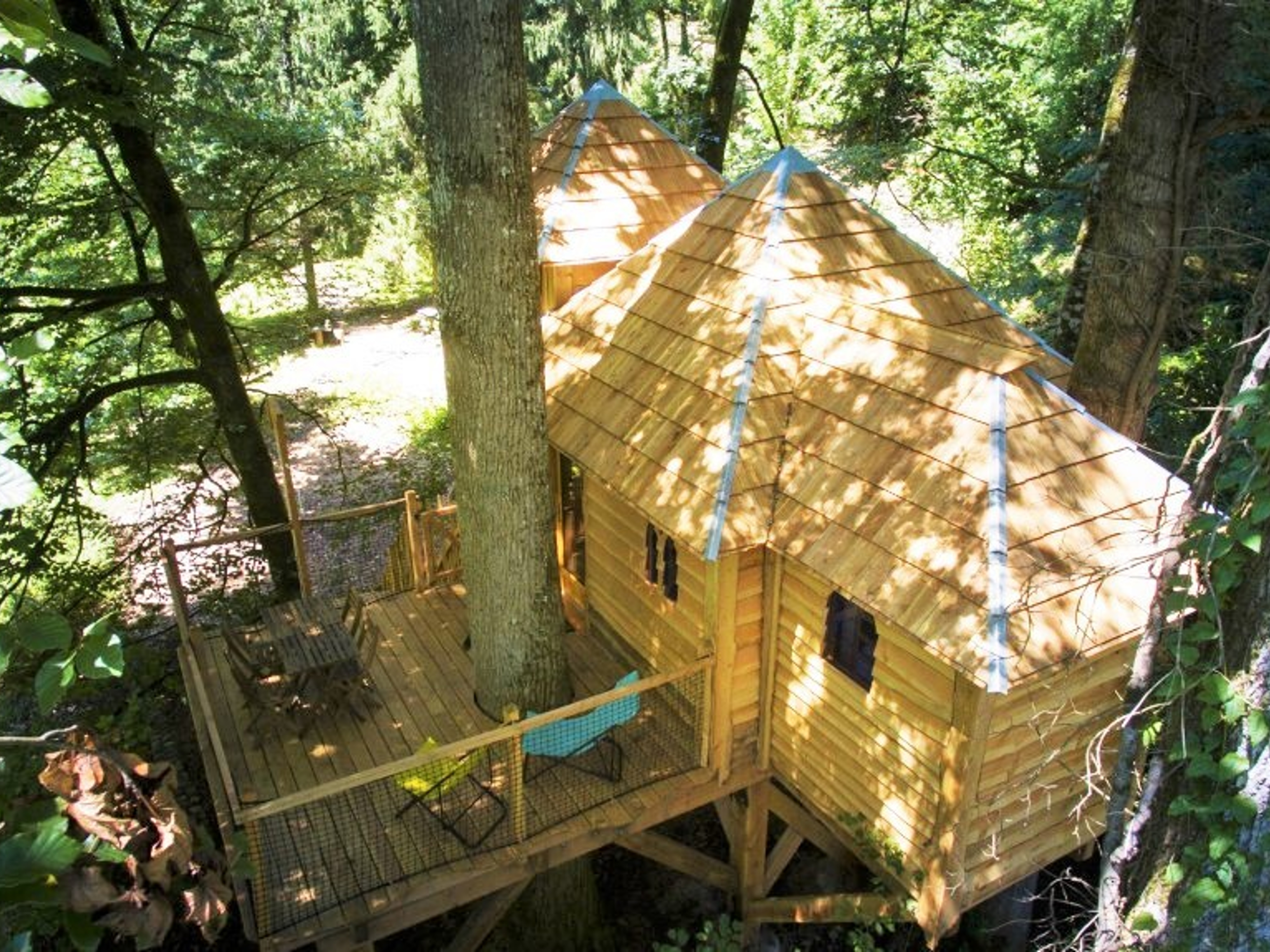 Knights' Treehouse (3 to 5 people)